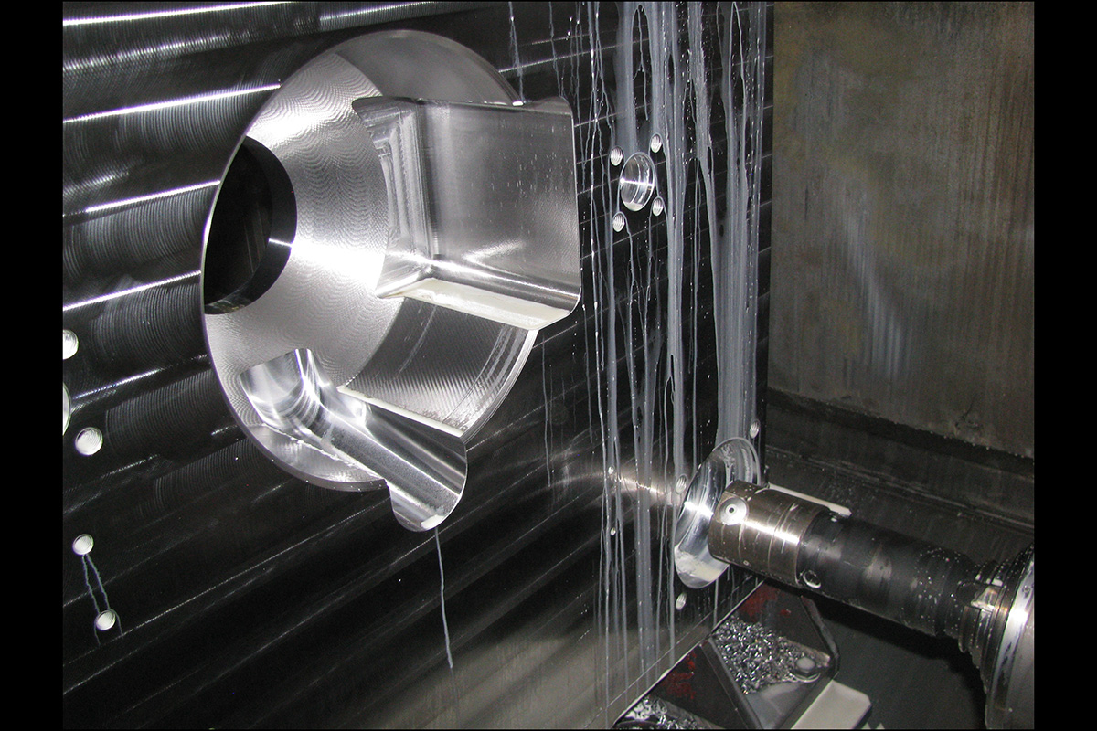 mechanical-machining-of-a-fixed-platen-of-injection-molding-presses