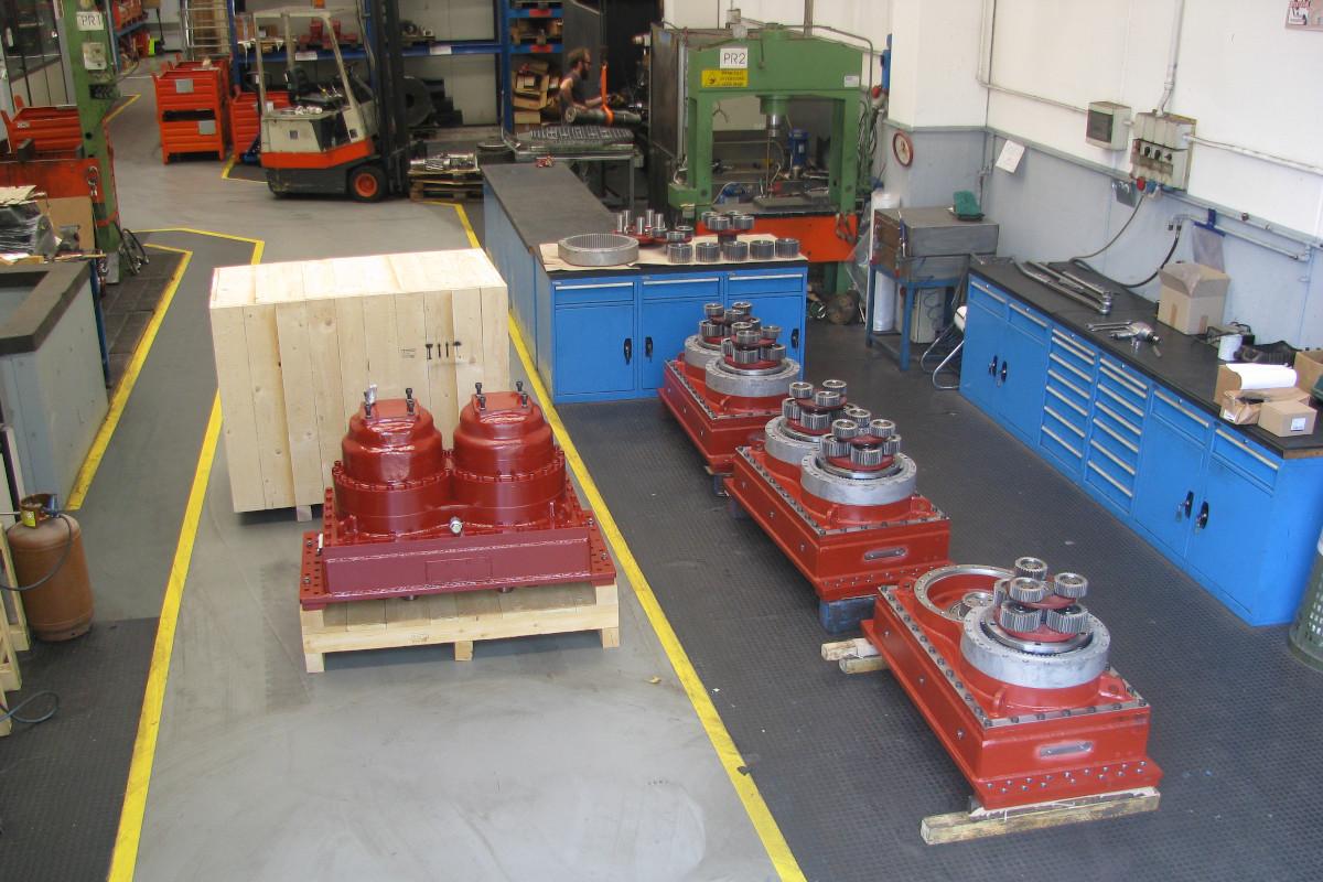 montaggio-riduttori-per-trituratori-primari